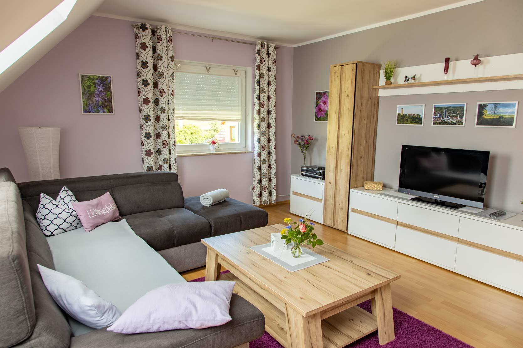 Ferienwohnung an den Grundwiesen - Wohnzimmer