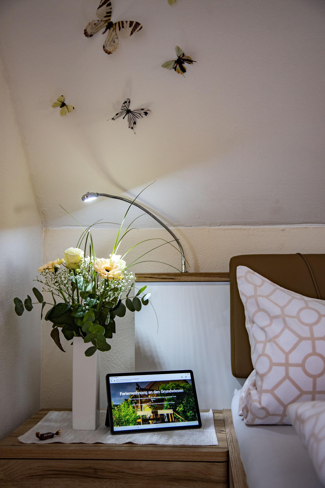 Ferienwohnung an den Grundwiesen Schlafzimmer Detail 20201121 1